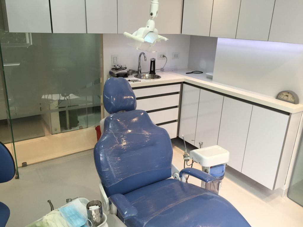 Consultorio Odontologico 201 Medellin 2015 Grupo Lca  # Muebles Odontologicos Colombia